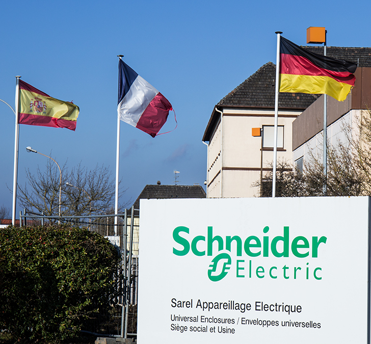 PROXIA Success Story Schneider Electric 13