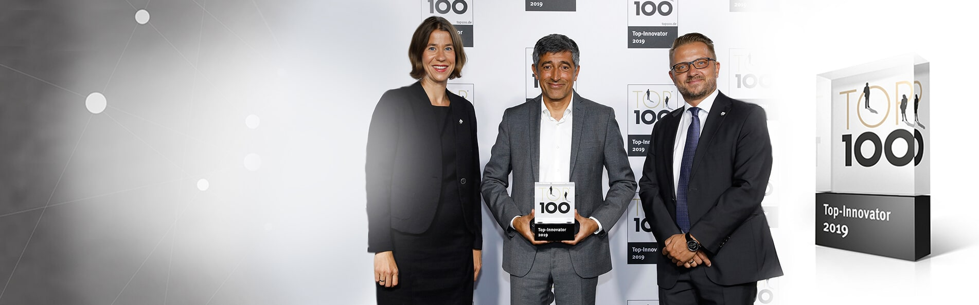 PROXIA scoops the TOP 100award for innovation